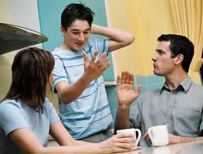 Consejos para pedir permiso a los padres para poder salir con amigos