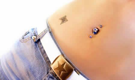 Los tatuajes y los piercing en los adolescentes
