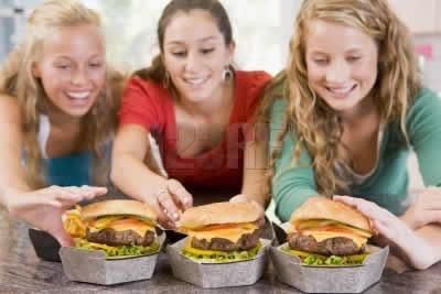 Como debe alimentarse un adolescente